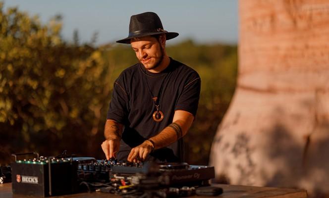 """Bhaskar apresenta nova edição do """"Follow The Sun"""" ao lado de Dubdogz no Jalapão"""
